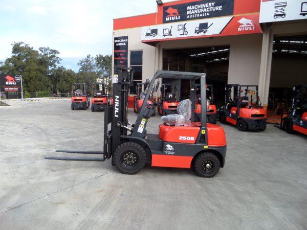 ND25X - 2.5Ton Xinchai C490 Diesel