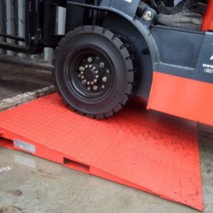 CR8 - Container Ramp 8 Ton