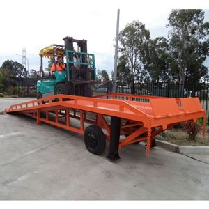 DR8 - Dock Ramp  - 8 Ton / Air Tyres